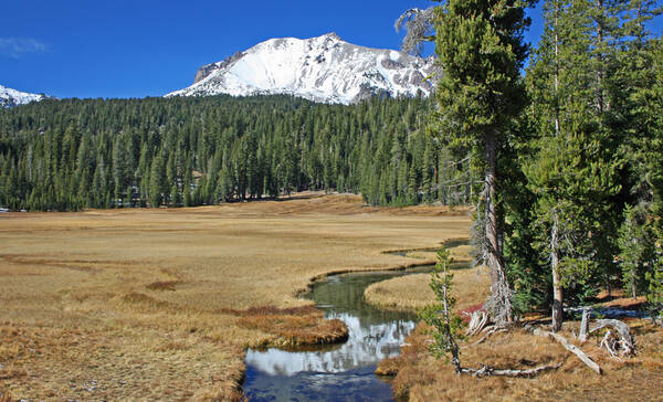 Kings Creek in Lassen Volcanic National Park, weerspiegeling