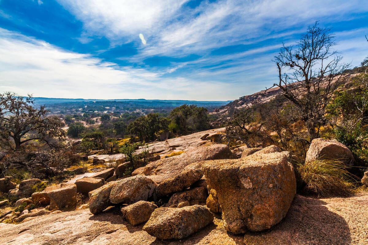 Bezienswaardigheden san antonio tioga tours for Landscaping rocks midland tx