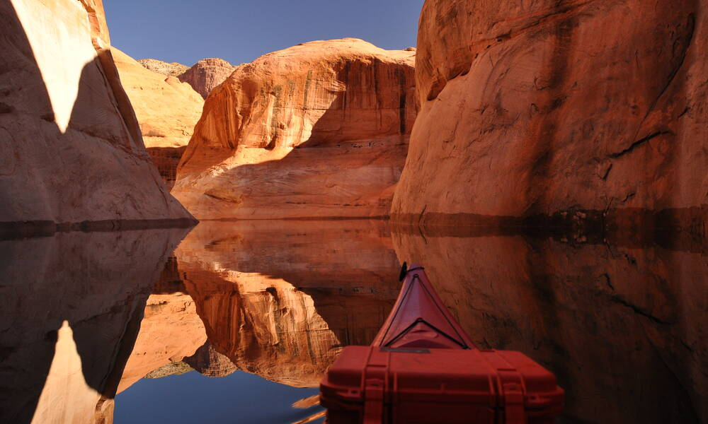 Kajakken op Lake Powell in Utah en Arizona