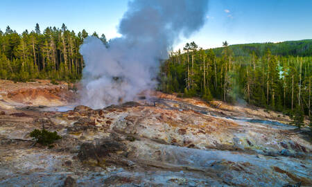 Steamboat Geyser Norris Yellowstone