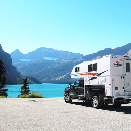 Bow Lake, camper