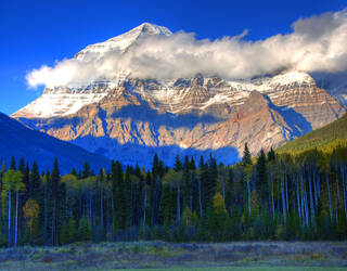 mount robson british columbia