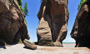 hopewell rocks kano kajak