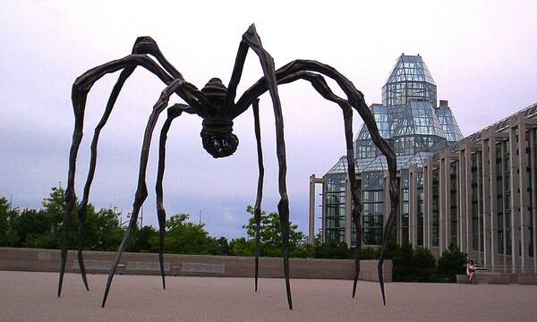 Maman, de spin voor The National Gallery of Canada