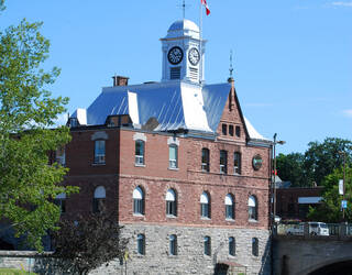 Pembroke City Hall, Pembroke
