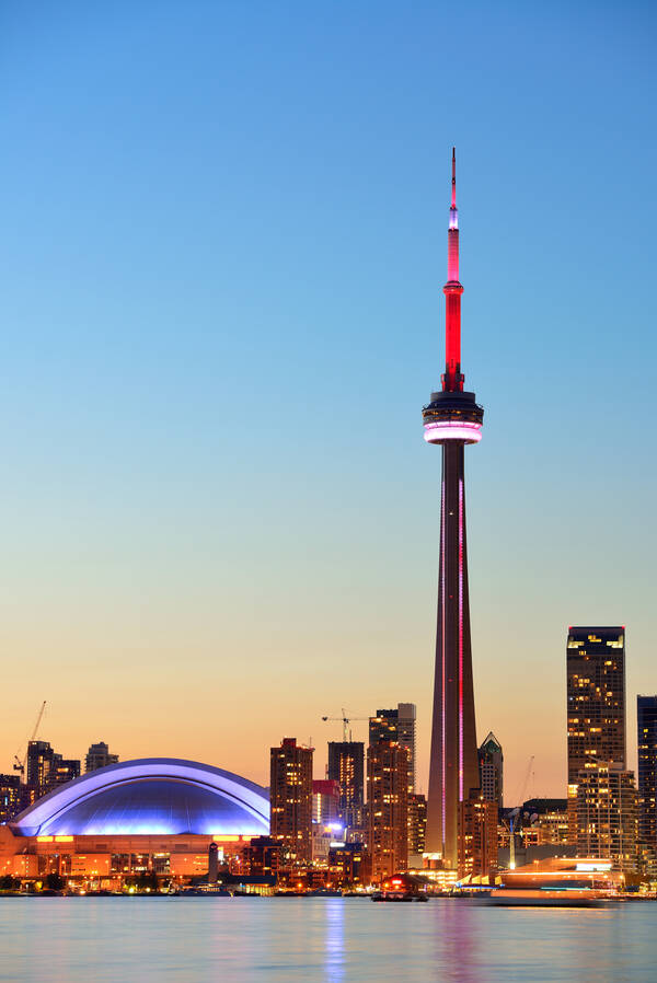 Bouwwerk Cn Tower In Toronto Ontario