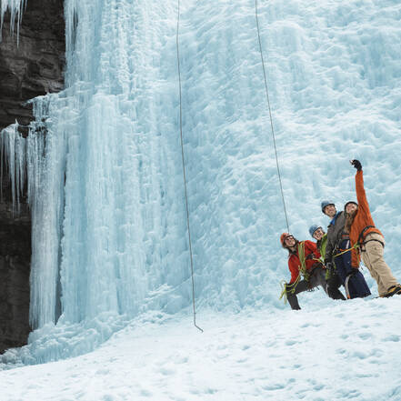 Johnston Canyon Icewalk, Banff