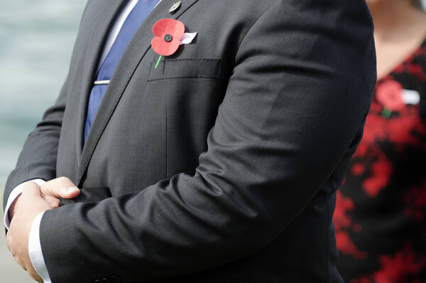 Poppy op Remembrance Day in Canada